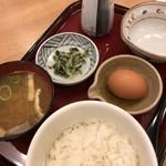 ザ・どん - 卵かけご飯定食  370円
