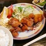 凛華 - 鶏の唐揚げ定食‼