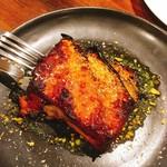 ヴェッキオ コンヴェンティーノ - 燻製したゴマサバとナスとモッツァレラチーズの重ね焼き  750円