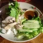 タイ東北料理イサーンキッチン - カオマンガイ ¥980