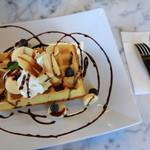 Marcel Waffles Okazaki - 料理写真:ブリュッセル ワッフル  バナナボンブ
