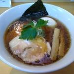 麺屋 力 - 魚貝系醤油らあ麺 750円 +煮玉子100円