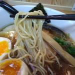 麺屋 力 - 歯ごたえの有る細麺