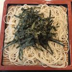 目黒更科 - ざるそば ¥700 の麺