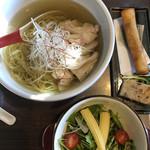 Asian Garden空音 - 料理写真:ヌードルランチ