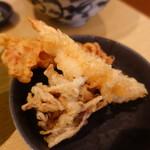 本町製麺所 天 - 舞茸天、鶏天、なんやろ