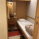 94193035 - 二等寝台が個室だ!