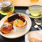 スィーツカフェ リュ プランシパル - 1周年記念セット 飲み物付 700円 (ハーブティーでしたのでプラス180円)