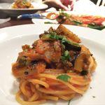94200576 - 秋刀魚と秋茄子のピリ辛トマトソースパスタ
