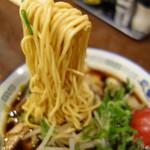 マトヤ中華 - 美味しい低加水のストレート麺