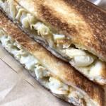 カントリー - 料理写真:キャベタマチーズ ホットサンド
