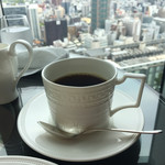 ラウンジプラス - ホットコーヒーは相方が…