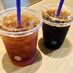 コーヒー ビーン & ティー リーフ - アイスティ–とアイスコーヒ–
