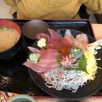 伊豆太郎 - 海鮮丼
