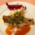 ピッツェリア・サバティーニ - 長崎産鮮魚のグリルブラッドオレンジのソース