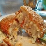 つばめグリル - [料理] 帆立のクリームコロッケ 切り口のアップ♪w