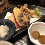 94247524 - 季節の天ぷらとそばだんご