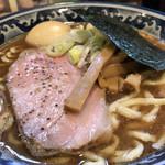 兎に角 - 薫玉入りラーメン@780円+100円   超濃厚豚骨魚介スープにゲキ太麺がグーなマッチング✊