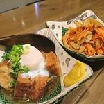 日本酒バル 蔵よし - 豚角煮ときんぴら