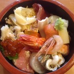 鮨 小野瀬 - 料理写真:サービスランチ(ちらし)ご飯を少なめにしていただきました