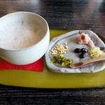 へるんの小径 - 料理写真:ぼてぼて茶500円
