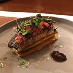 レストラン ラリューム - 新秋刀魚・ズッキーニ・トマトのタルト 肝のコンディモンと酢橘の香りで