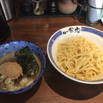 兼虎 - 濃厚つけ麺 中盛(300g,880円)