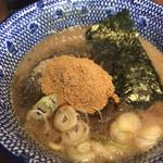 兼虎 - 濃厚つけ麺のつけ汁