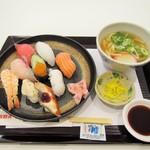 道のみなと - 上にぎり寿司盛合せミニうどんセット。1150円