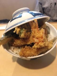 割烹旅館 天金 - 妻の天丼は1200円です。