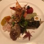 hoteruo-kuraresutorannagoyachuugokuryouritoukarin - ワタリガニの老酒漬け入り3種冷菜の盛り合わせ