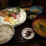 魚食処 一豊 - お造り七種定食1800円税別