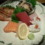 魚食処 一豊 - お造りアップ