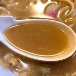 共楽園 - ソースインのスープはイマイチ