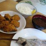 上川養鱒場 - 鱒の塩焼き・フライ・ご飯・味噌汁