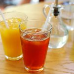 cafe EZE - マンゴージュースとアイスティー