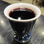 肉料理 阿蘇 - 赤ワイン 450円
