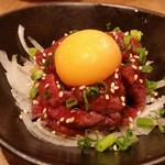 門前仲町 肉寿司 - ユッケ