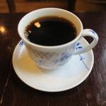 喫茶どんぐり - ハム・チーズ・玉子のトーストサンドのモーニング、キャベツと玉子のミニサラダ ブレンドコーヒーと3