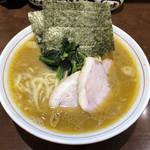 らーめん飛粋 - 料理写真:「らーめん(もも肉)」700円