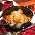 ピアット - トリッパのトマト煮込みローリエの香り