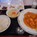 京華飯店 - 料理写真:週替わりランチA