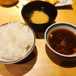 天ぷら定食 まきの - ご飯、味噌汁、つゆ