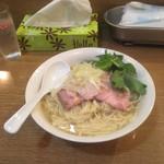 バードメン - 細麺でストレート。濃厚スープ