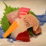 炭火割烹 蔓ききょう - お刺身(淡海地鶏と厳選季節野菜コース)