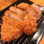 とんかつ かつ寿 - 黒豚ロース & 黒豚ヒレかつ定食