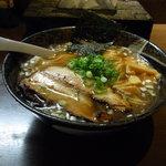 七重の味の店 めじろ - 醤油ら~めん(大盛り)800円
