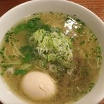 らーめんやなかじゅう亭 - 料理写真:鶏清湯味玉塩らあめん