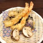 博多蕎麦酒場 蕎麦屋にぷらっと - 天ぷら アラカルトで色々