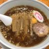 中華そば専門店 勝や - 料理写真:中華麺(820円) 麺半分、生卵入り